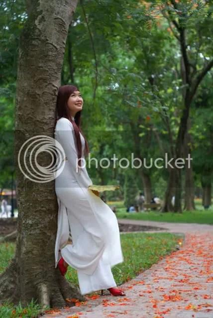 https://i0.wp.com/i86.photobucket.com/albums/k88/suonglam_2006/Anhdeptrennet/1291116883-vay-ngan-nu-sinh-3017.jpg