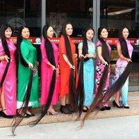 Meet The Asian Rapunzels: Chinese 'Rapunzel' with 8 foot-long tresses