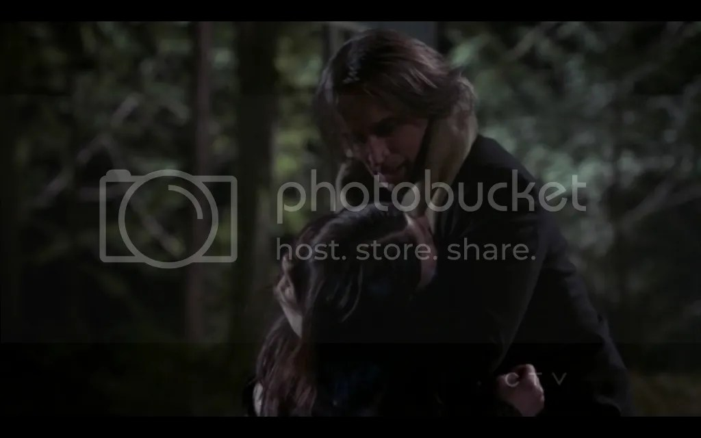 Once Upon a Time, Rumpelstiltskin and Belle. Screencap by Once Upon a Fan.