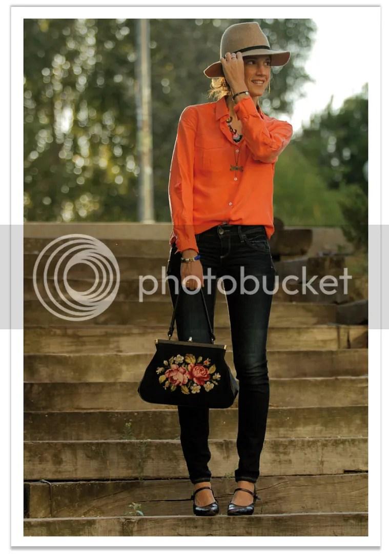 balamoda-sombrero-mango-camisa-naranja 6