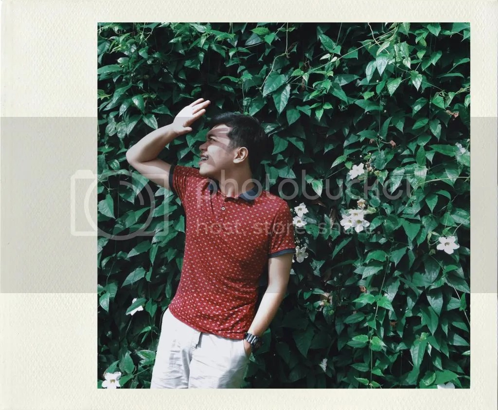 Self portrait at Antonio's Tagaytay
