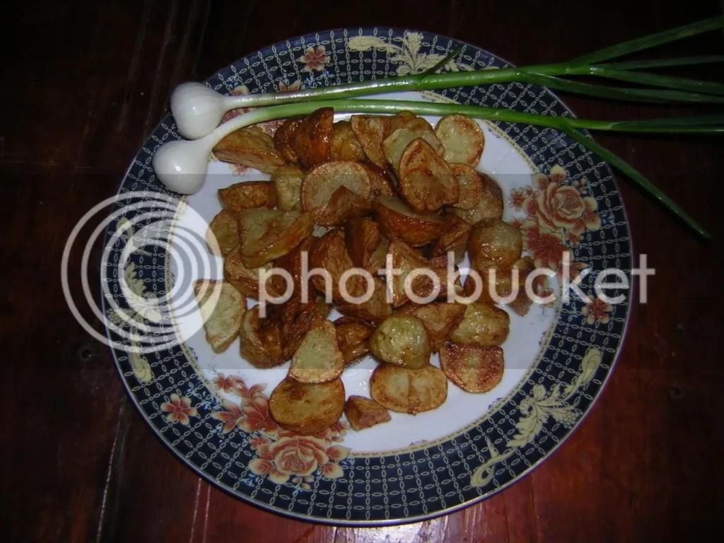 cartofi noi prajiti