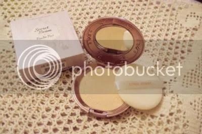 powder,compact,etude house,gmarket,beauty blossom,secret beam powder pact,cosmetics,korean cosmetics,foundation,facial make up,pressed pearl powder compact