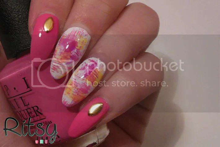 Ritsy brush strokes nail art ritsy last week ish i saw a beautiful nail art on very emily which immediately inspired me to try it myself so a couple of days later i tried it myself and this prinsesfo Images