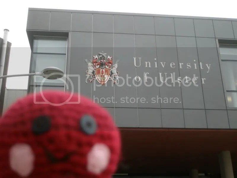 Otto in front of Uni.