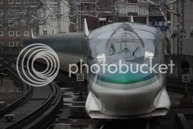 Shinkansen_E954_Fastech360S_at_Sendai.jpg