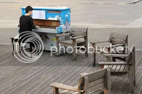 Atsuko Street Piano Monument 2