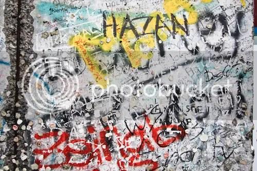 Berlin Wall Gum Potzdamer Platz 6