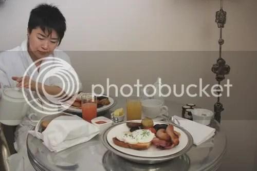 Dublin Dylan Hotel Breakfast 3