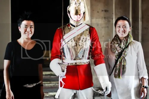 Family Visit London Horse Guards 8