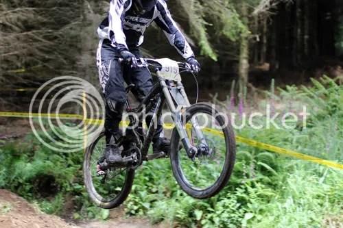 hopton castle downhill mountain bike 14