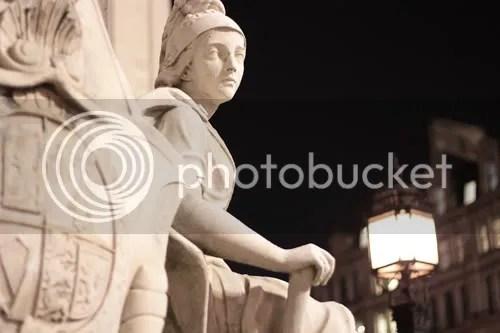 queen anne statue st paul's london 3