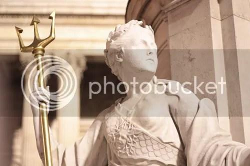 queen anne statue st paul's london 5