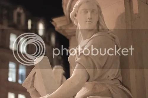 queen anne statue st paul's london 6