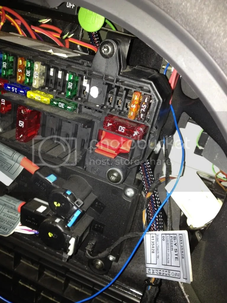 medium resolution of pictures of rear fuse box with the two extra fuses top right and the