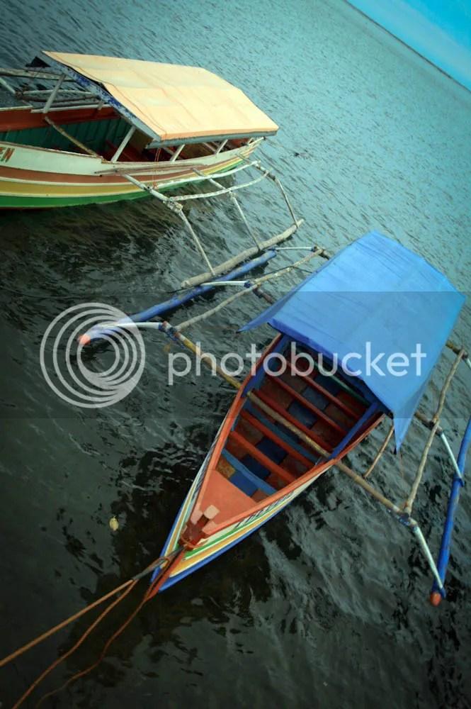 100 islands boat