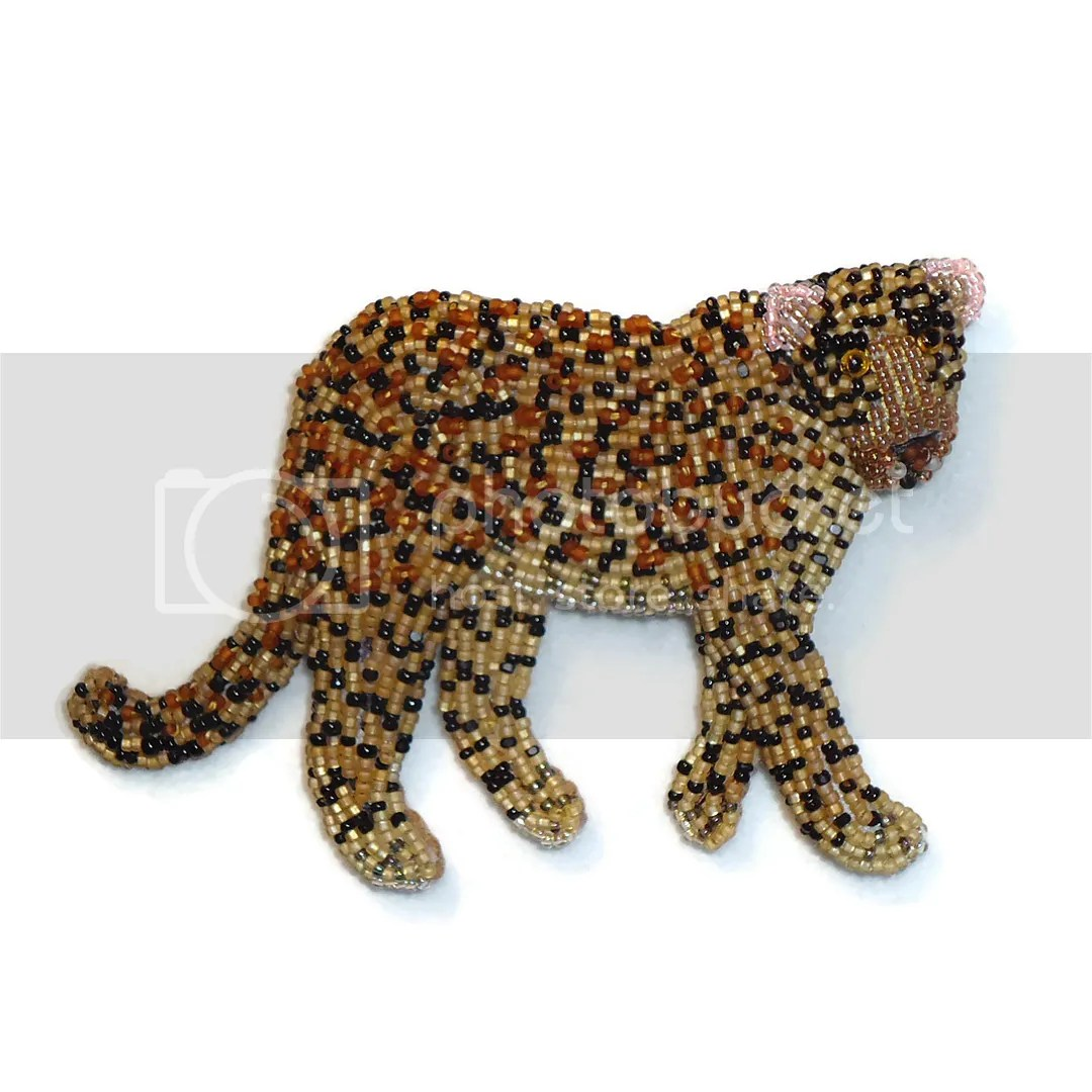 Beaded Leopard cat brooch bead embroidery animal jewelry beadwork beads etsy artist fashion Amazon Handmade