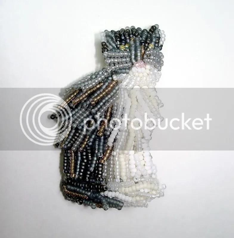 beaded Cat kitten feline bead embroidery wearable fine art jewelry brooch pin