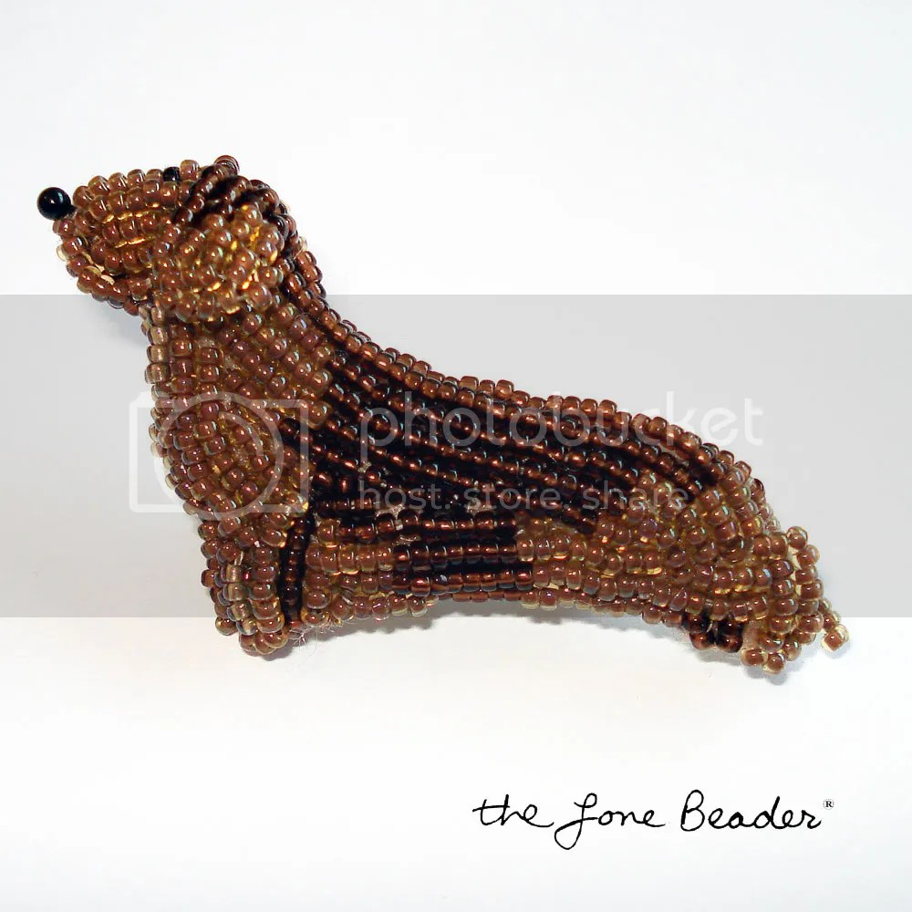 Beaded DACHSHUND dog pin/ brooch - wearable pet art Etsy bead embroidery