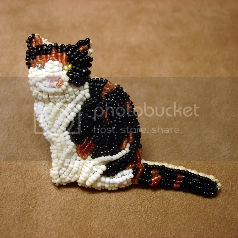 beaded Faz the Cat feline bead embroidery wearable fine art jewelry brooch pin