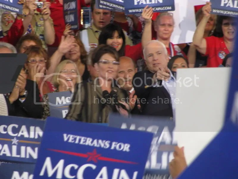 McCain and Palin Enter the Stage
