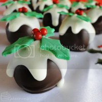 12 Days of Christmas :: 12 Pudding Truffles
