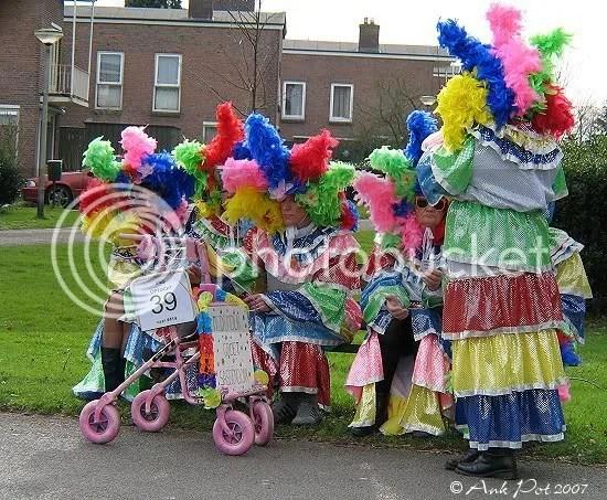 Log18-2-07-Carnaval-6.jpg