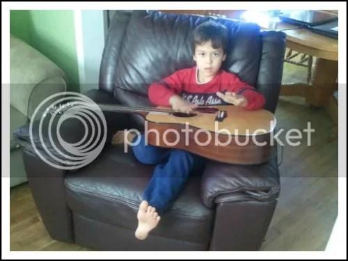 2012-10 evan guitar