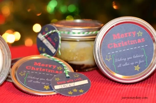 Mason Jar Cinnamon Rolls with Free Printable Christmas Tags