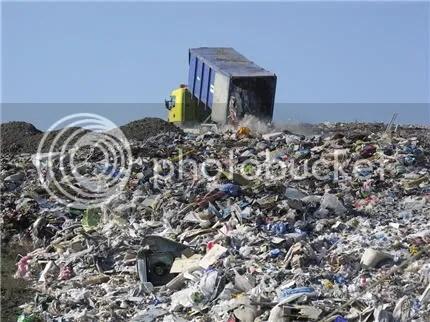 landfill photo: Landfill w/ Truck landfill.jpg
