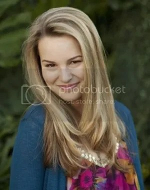 Bridgit Mendler Teddy Good Luck Charlie