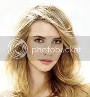 Sexy Emma Roberts