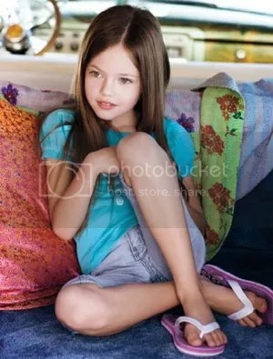 Mackenzie Foy Modeling Photo Renesmee