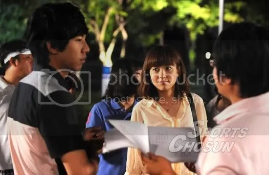 Han Hyo Joo AGAIN mentions her good friend Seunggi