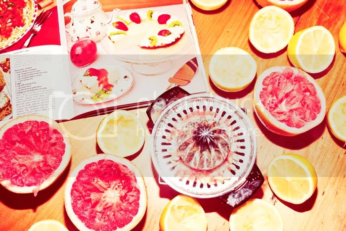 red,yellow,summer,party,food