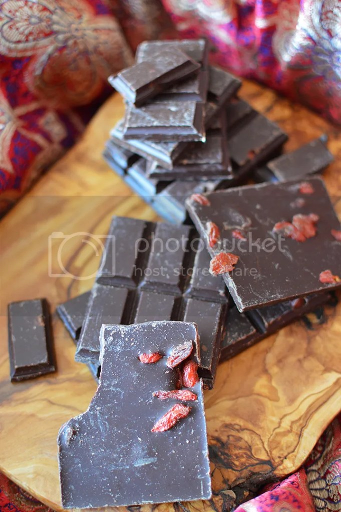'Rawr' Goji Chocolate Chunks