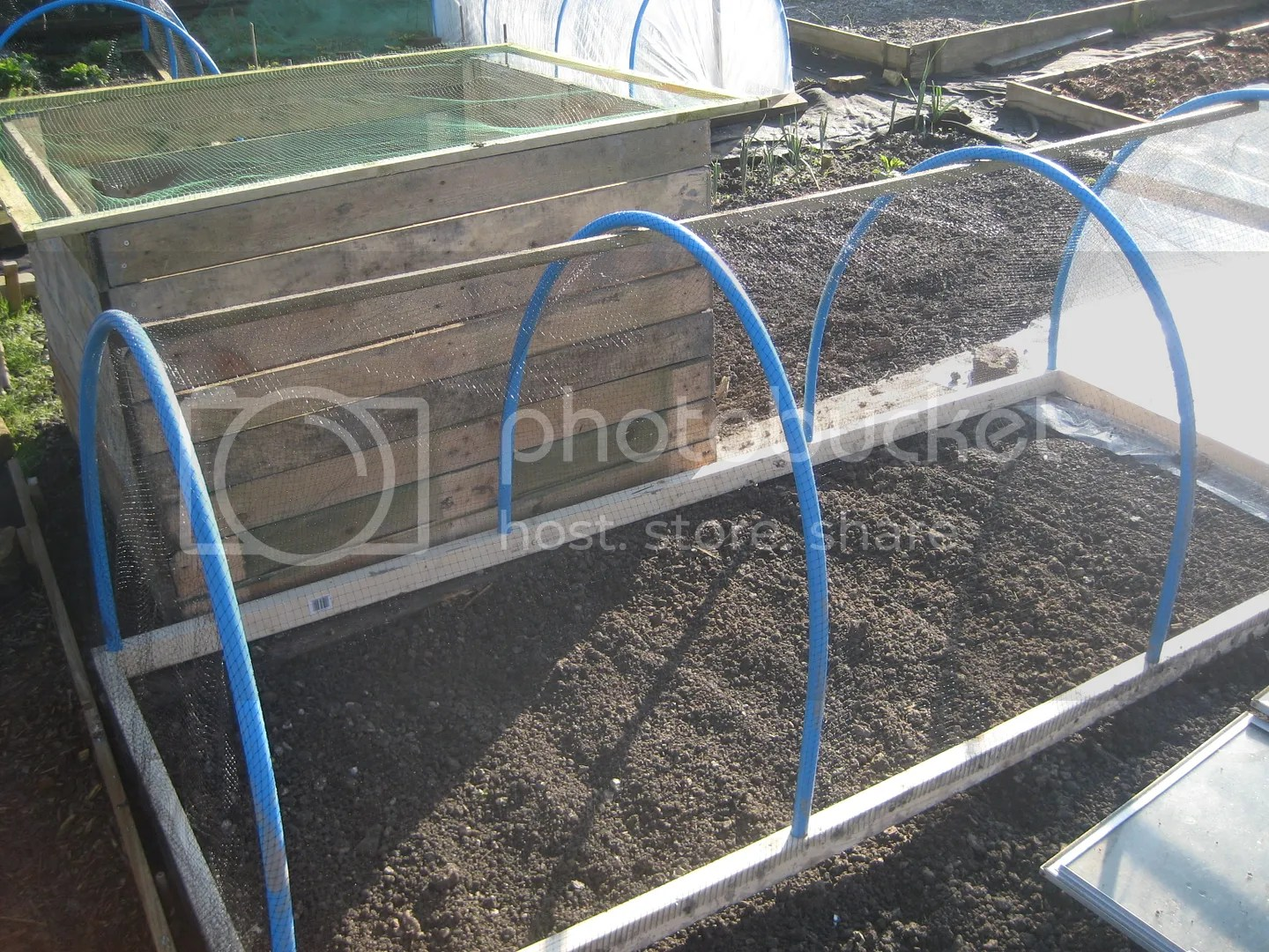 How To Make A Cloche Or Small Poly Tunnel
