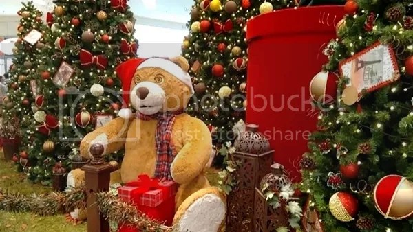 photo Diversatildeo Natal Shopping da Bahia_zpshldoprww.jpg