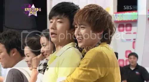 Spotted on Star King: 2PM Nichkhun and Wooyoung Wearing Yellow clothes.