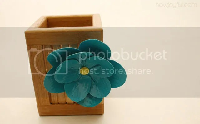 duct tape flower with pen organizer