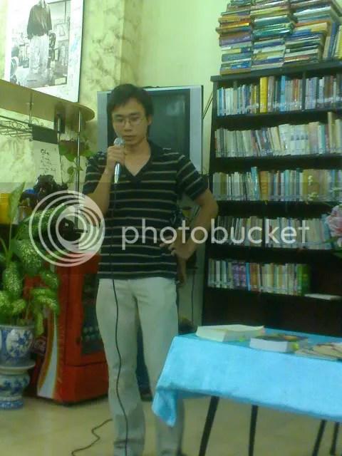 Dịch giả Cao Việt Dũng
