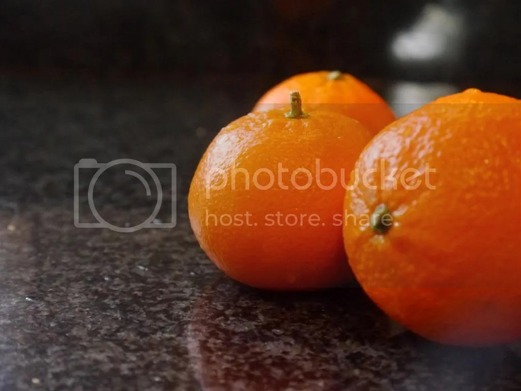 2IT Mandarins - whole fruits photo P1020387_zps0c9b4053.jpg