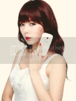 photo Hyuna4minuteLaFleurCollectionCF2_zps76e593b4.png