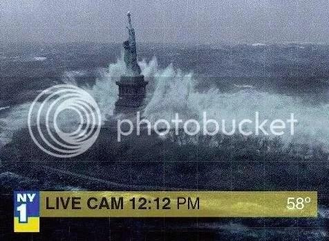 statue of liberty sandy photo: Statue of Liberty in SANDY SANDYstatueLiberty.jpg