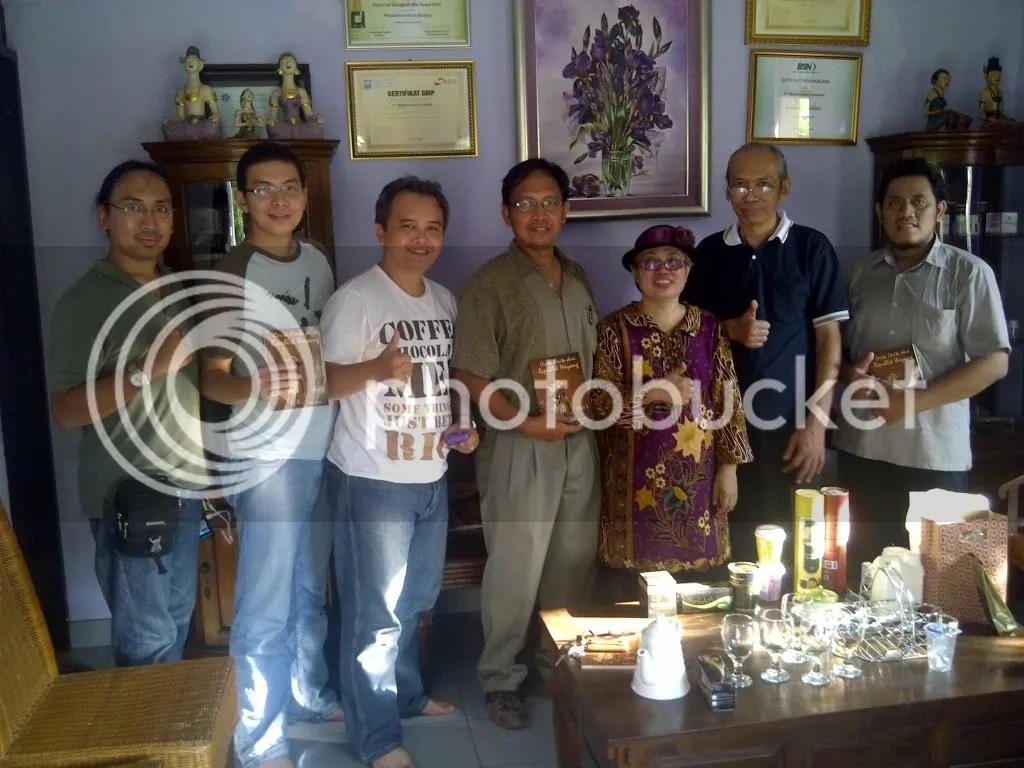 Semerbakcoffee-Mahkota Dewa Indonesia
