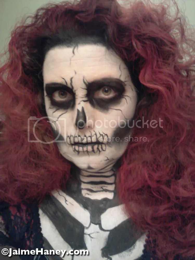 Halloween costume tutorial for Red Death from Edgar Allan Poe's The Masque of the Red Death