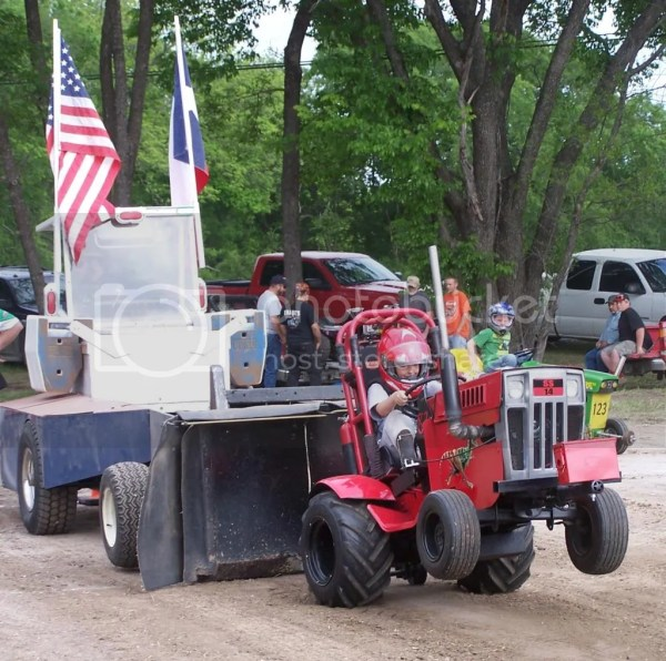 Tractor Pulling Topic - Year of Clean Water
