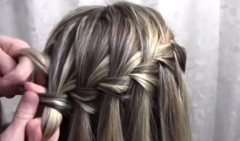 YouTube Hair Tutorials For Girls That You Can Actually Do