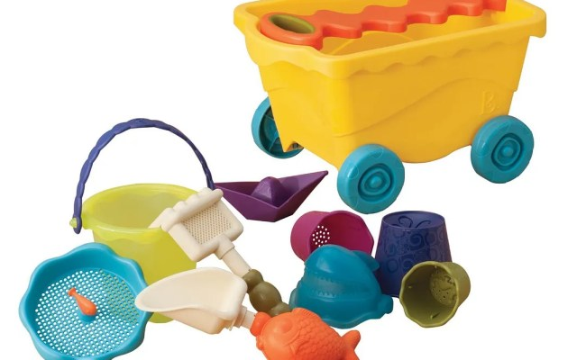7 Great New Beach Toys For Kids