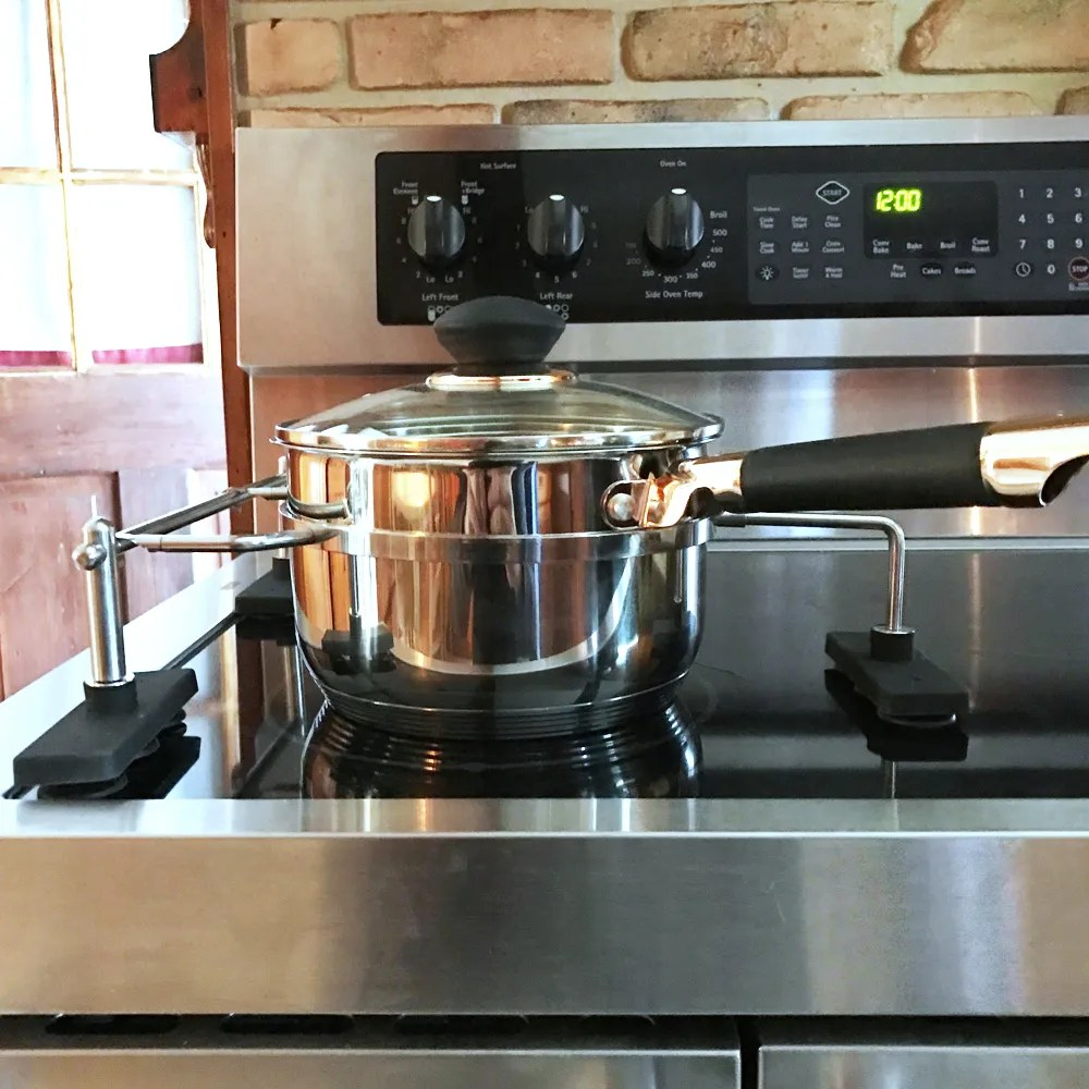 10 important kitchen safety rules to keep little cooks safe in the kitchen